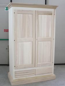 Mobili arredamenti it tutto sui mobili per l 39 arredamento for Arredamento legno grezzo
